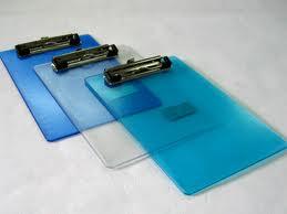 Bìa trình ký nhựa trong Deli (030707)