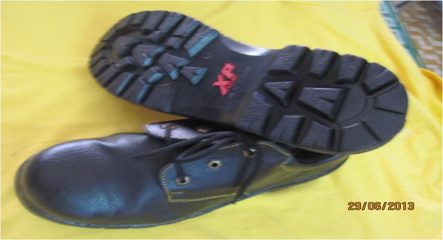Giày XP đỏ vàng thường